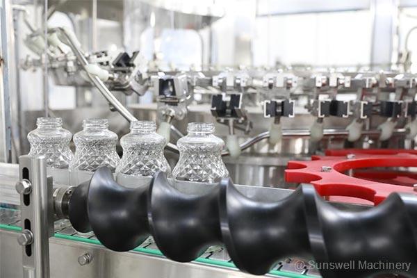glass-juice-bottle-filling-machine-03
